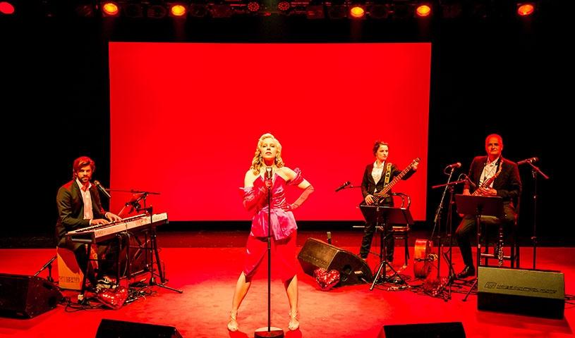 Nina Proll & Band